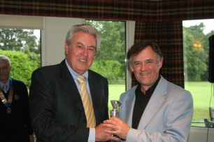 2010 Charity Golf Day 050