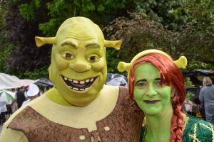 Shrek aloud...
